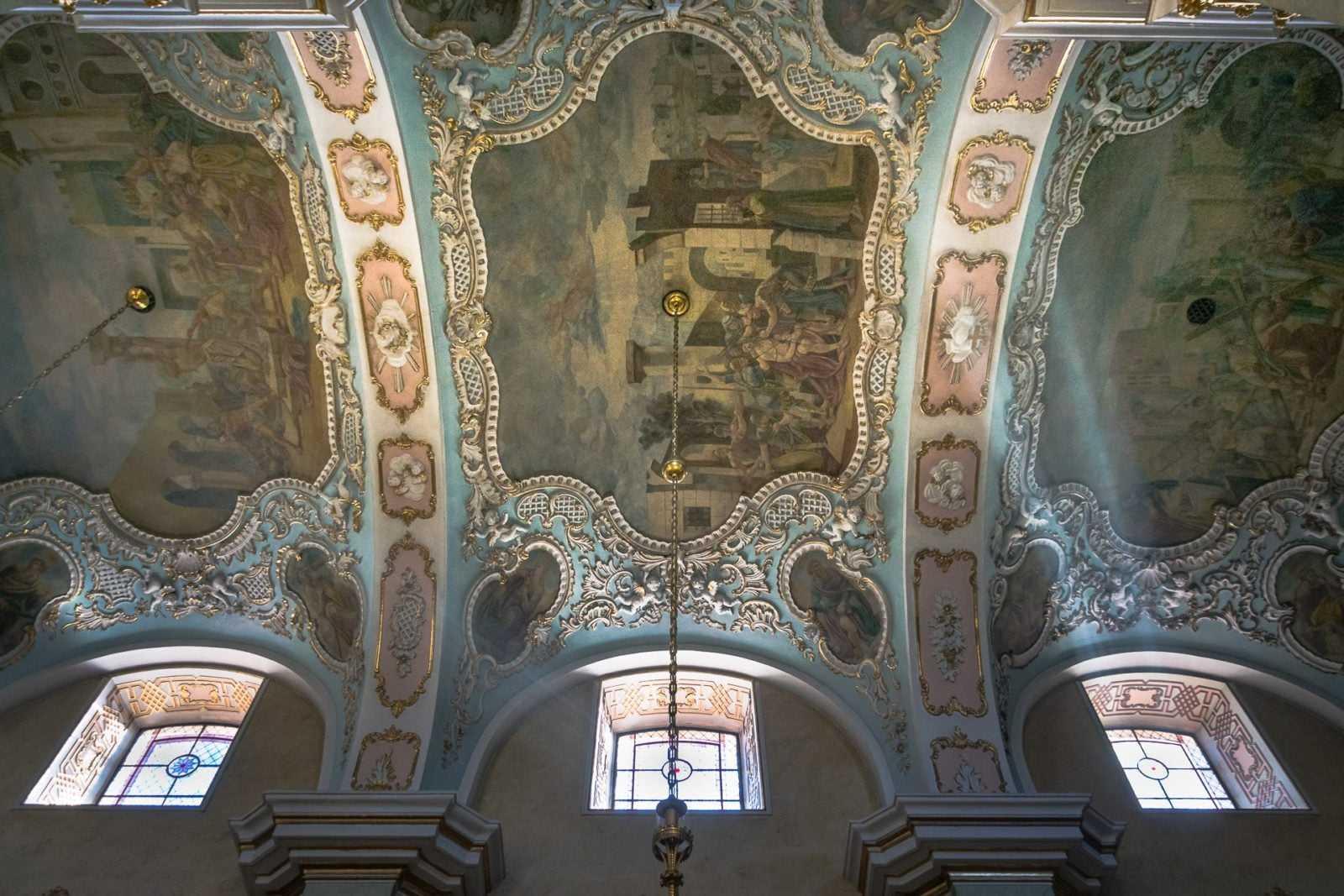 Wnętrze kościoła św. Mikołaja w Krobi
