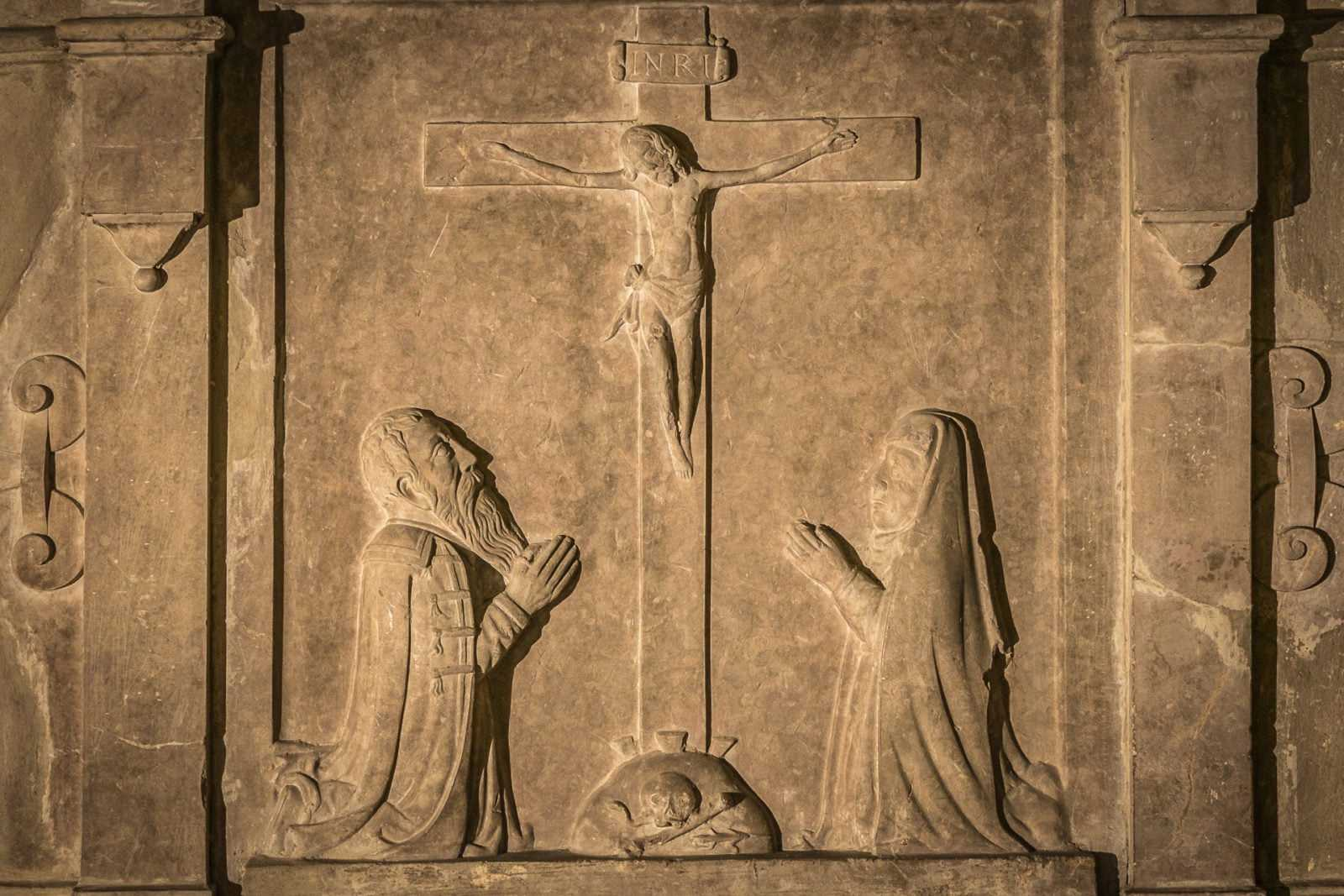 Płaskorzeźba w kościele św. Mikołaja w Krobi
